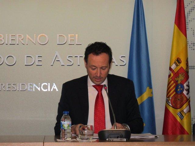 El portavoz del Principado y consejero de Presidencia, Guillermo Martínez
