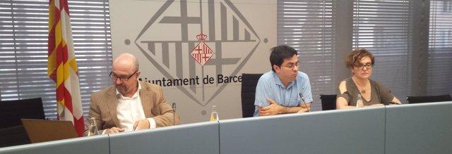 Jordi Ayala, Gerardo Pisarello y Montserrat Ballarín (Ayto.Barcelona)