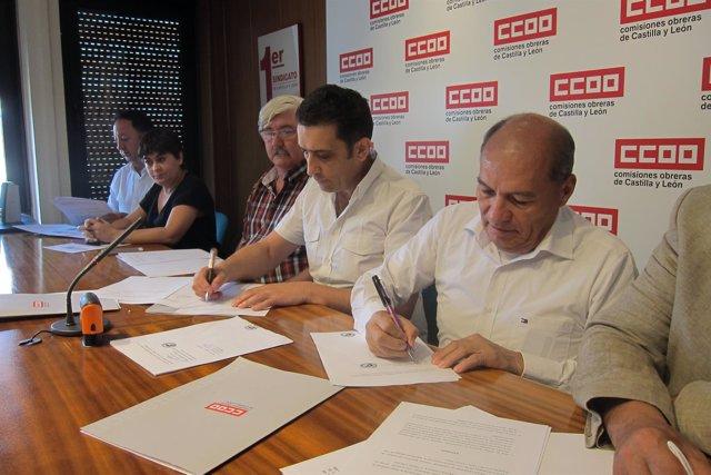 Valladolid. Andrés en la firma de un convenio con sindicatos latinoamericanos
