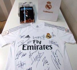 El Real Madrid subasta una camiseta para ayudar a la Federación Española de Padres de Niños con Cáncer