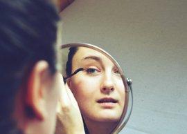 Analizan cómo afecta la autoimagen corporal de adolescentes en conductas que persisten en adultos