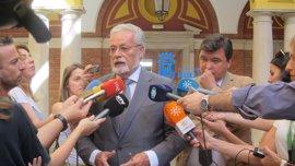 Maeztu lleva a Bruselas la situación de los trabajadores españoles en Gibraltar