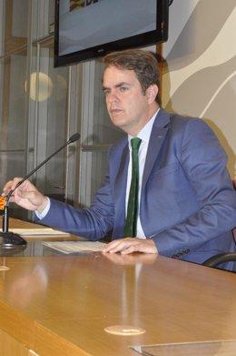 Roberto Bermúdez de Castro.