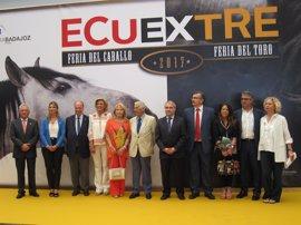 Arranca en Badajoz la IX Feria Ecuextre del Caballo y del Toro