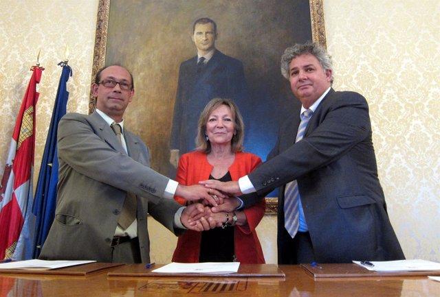 Rollán, Cristina Klimowitz Y Eduardo Íscar.