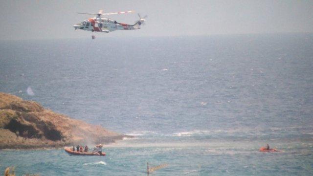 Rescate de inmigrantes cerca de la costa de Carboneras (Almería)