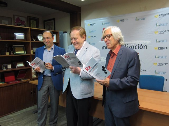 Imagen de la presentación del libro en Murcia