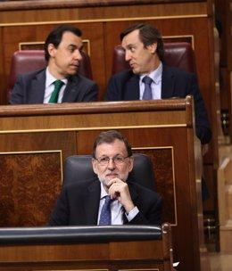 Mariano Rajoy, pensando