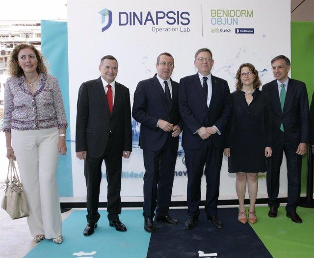 Autoridades en la inauguración del Dinapsis Operation & Lab de Benidorm