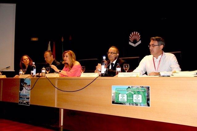 Autoridades durante el encuentro