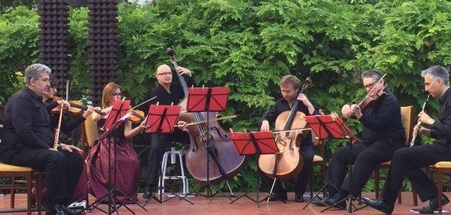 La Simfònica en Petit en un concierto en Can Prunera (Sóller)