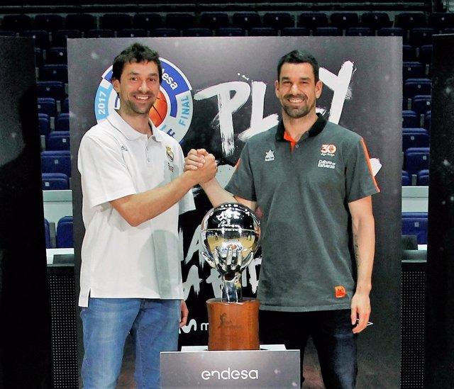 Rafa Martínez y Sergio Llull antes de la final de la Liga Endesa