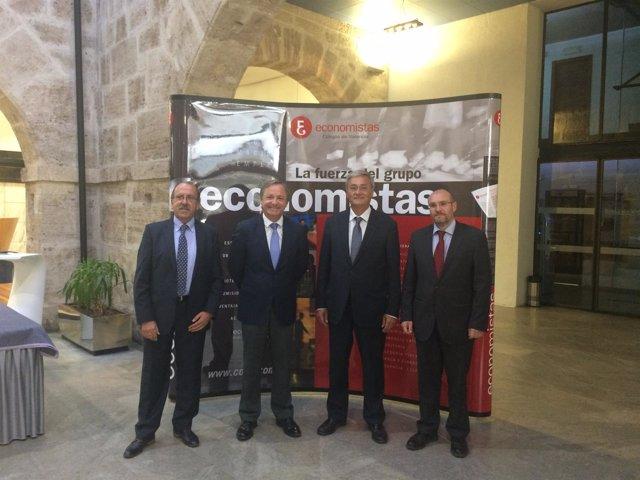 Moragues ofrece una conferencia en el Colegio de Economistas de València