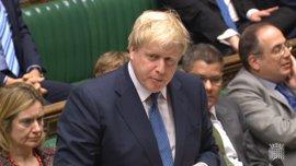 Boris Johnson evita respaldar la continuidad de May en Downing Street
