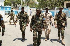 'Farmajo' jura venganza contra Al Shabaab tras la masacre de la base de Af Urur