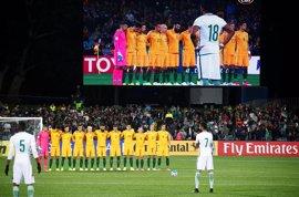 Los jugadores de Arabia Saudí no 'respetan' el minuto de silencio por las víctimas de Londres