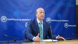 """PP C-LM habla de la """"posibilidad"""" de que Page remodele su gobierno y entre Podemos"""
