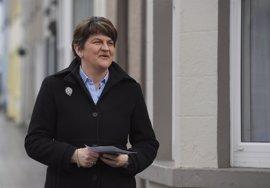 El DUP descarta confirmar por ahora su respaldo a May para que forme gobierno