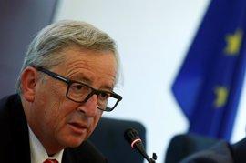 """Juncker espera que el resultado electoral no tenga """"un impacto grave"""" en la negociación del Brexit"""