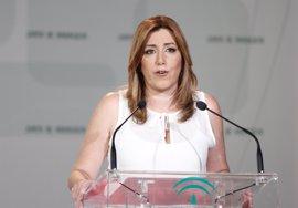 """Susana Díaz reivindica Constitución y Estado de Derecho ante quienes buscan """"romper la convivencia"""""""