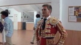 Trasladado al Hospital San Juan de Dios de Córdoba el torero Julio Benítez tras el accidente de moto