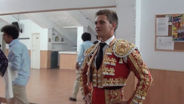 Julio Benítez, ingresado tras sufrir un accidente de moto