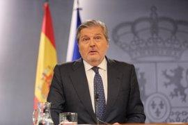 """El Gobierno avisa a Puigdemont de que recurrirá """"cualquier actuación"""" que pase del anuncio del referéndum a los hechos"""