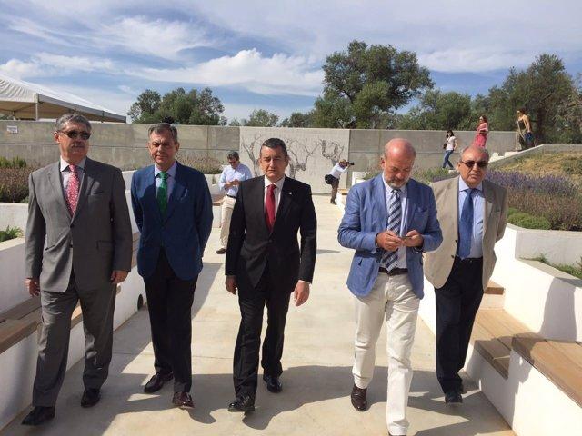 Visita a las instalaciones ya regeneradas de Olivar del Zaudín