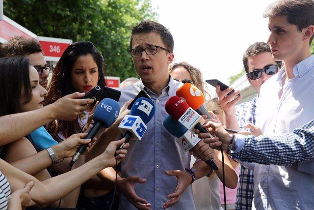 Iñigo Errejón, dirigente de Podemos, en la Feria del Libro