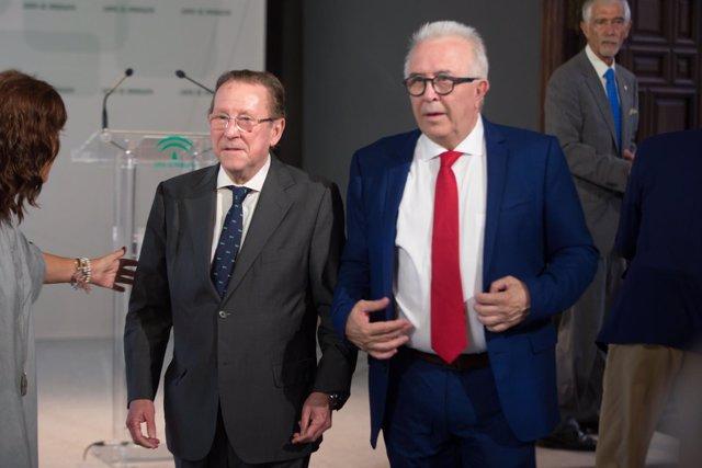El exconsejero de Empleo, José Sanchez Maldonado con Emilio de Llera