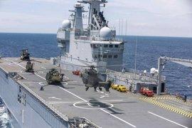 Un buque militar francés recala en Barcelona tras maniobras conjuntas en el Mediterráneo