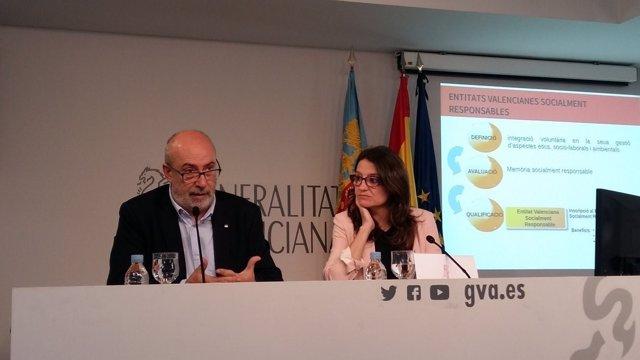 Manuel Alcaraz en rueda de prensa junto a Mónica Oltra
