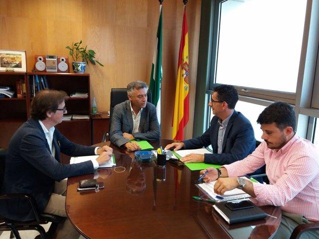 El delegado de Fomento y el alcalde de Barbate