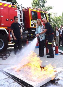 Nota Y Fotos: Cifuentes Presenta La Campaña #0Incendios Para La Prevención De In