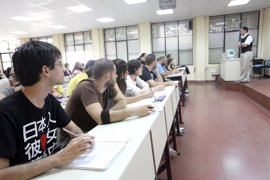 Estudiantes universitarios sevillanos ven positiva la bonificación de matrículas siempre que se respeten derechos