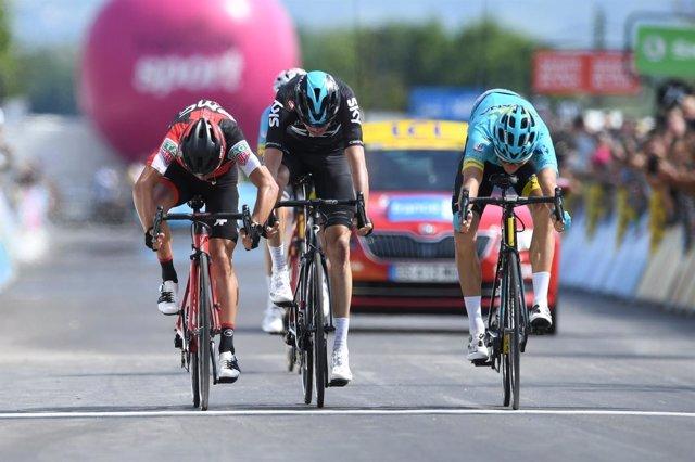 Jakob Fuglsang gana en el Critérium Dauphiné