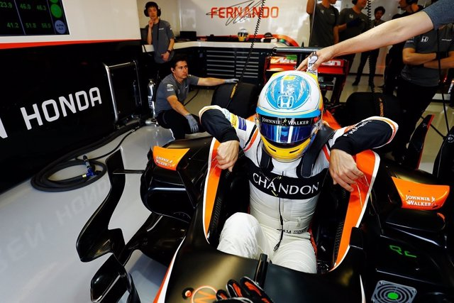 Fernando Alonso se baja del McLaren