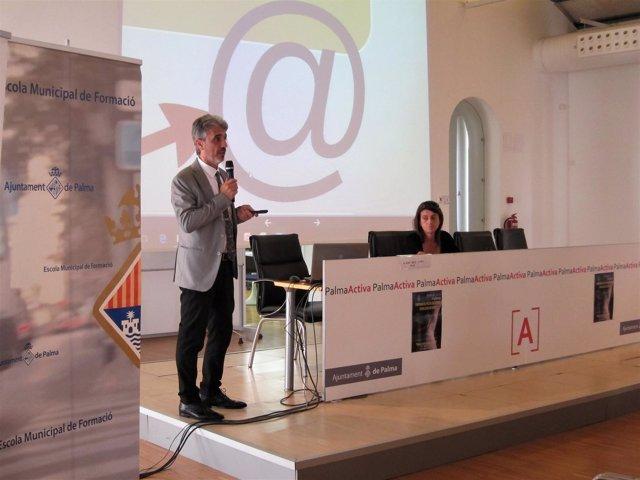 El fiscal José Díaz Cappa en una conferencia en PalmaActiva