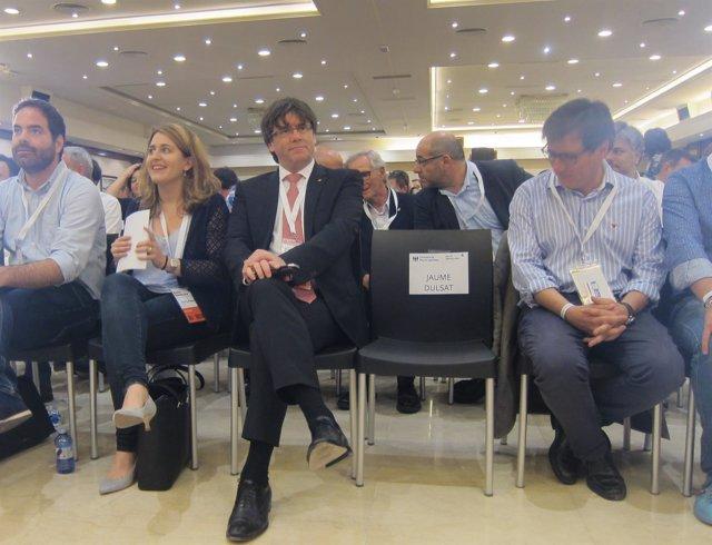 La coordinadora general del PDeCAT, M.Pascal, y el pte.C.Puigdemont