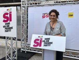 La CUP pide a los 'comuns' que defiendan el referéndum y al Govern que sea más transparente