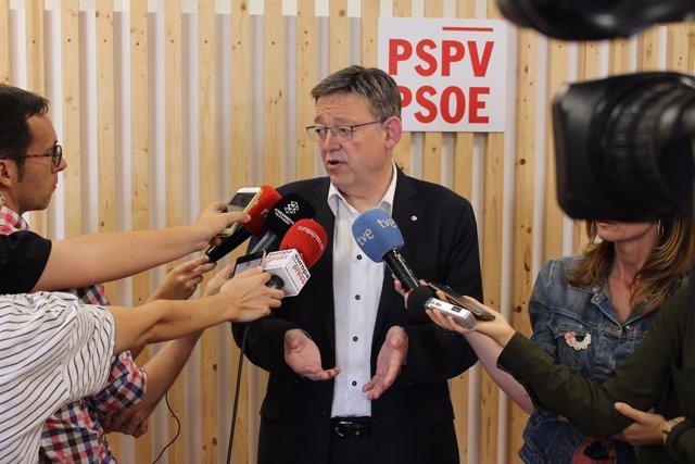 Puig antes de la reunión de la Comisión Ejecutiva Nacional del PSPV-PSOE