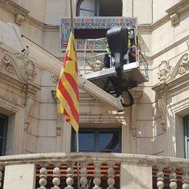 El Ayuntamiento de Berga instala un marcador de cuenta atrás hacia el referéndum