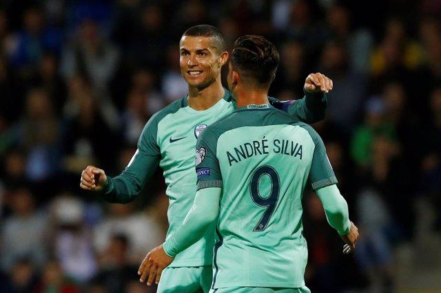 Cristiano Ronaldo celebra el triunfo con Portugal en la fase de clasificación