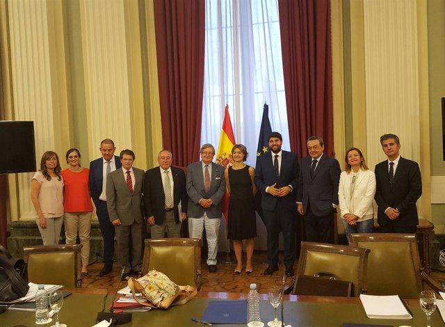 Tejerina con el presidente de Murcia, Fernando López Miras
