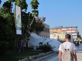 Las universidades andaluzas ofrecen becas a alumnos sin recursos para pagar la matrícula