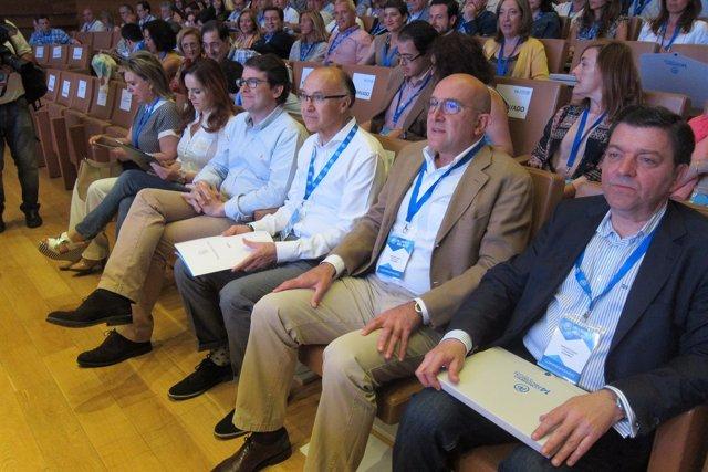 Valladolid. Mañueco junto a Ruiz Medrano y Carnero en el Congreso del PP