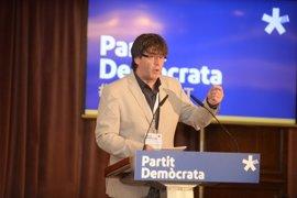 """Puigdemont dice que la elección en el referéndum será """"entre dignidad o imposición"""""""