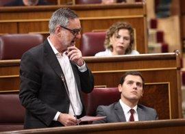 """Villegas cree que Puigdemont """"va directo a pegarse contra el muro de la democracia"""""""