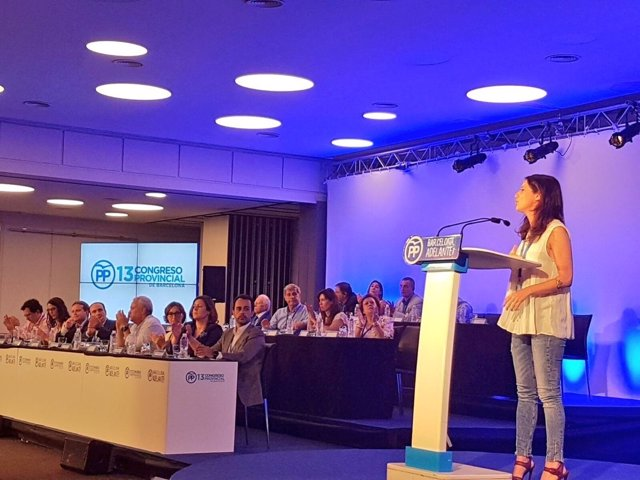 Andrea Levy en el XIII Congreso del PP de Barcelona