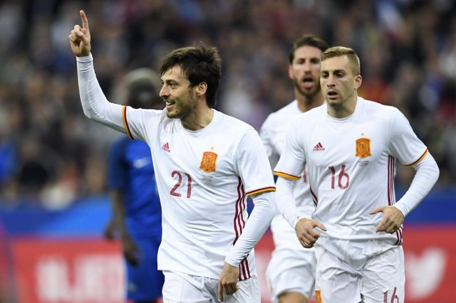David Silva celebra el gol de España en Saint-Denis
